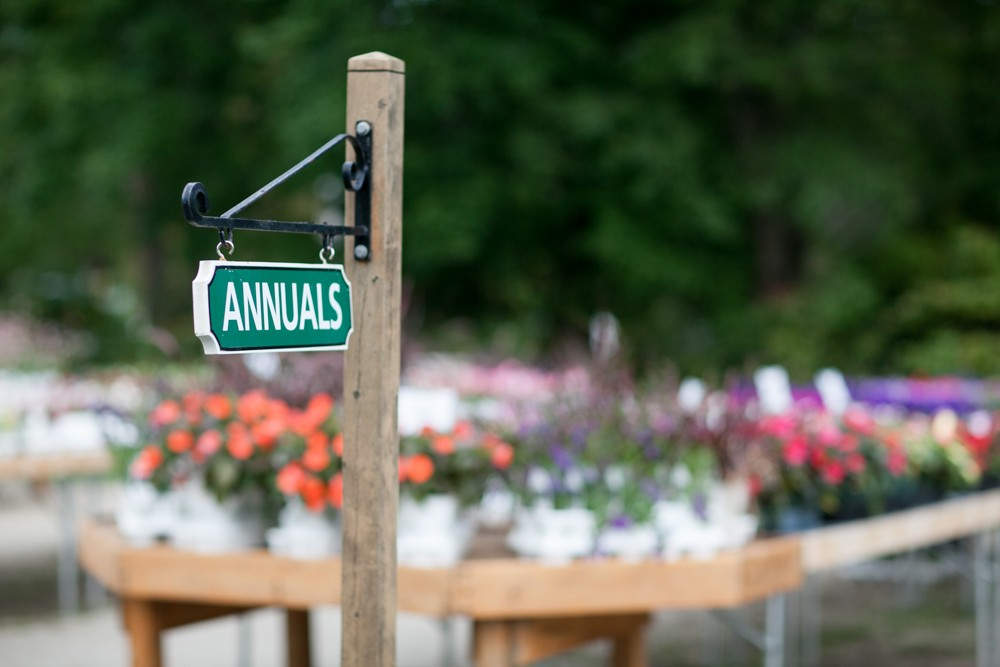 Plant Center annuals way finding sign
